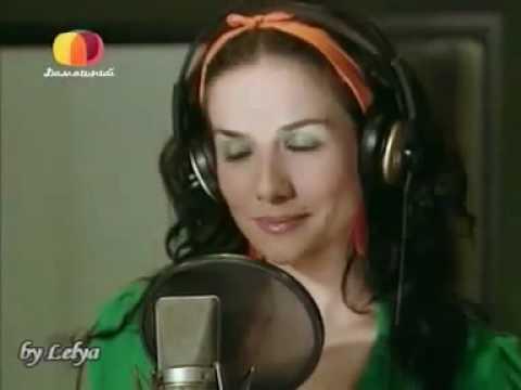 Клип Natalia Oreiro - No Te Importa