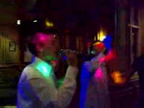 Jack & Uri on Karaoke