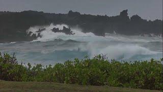 Υποβαθμίστηκε από κατηγορία 4 σε 3 ο τυφώνας Λέην