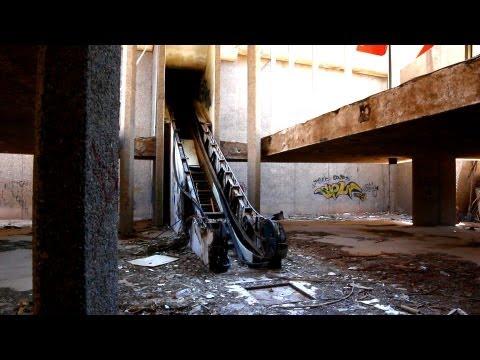 Exploring The Abandoned Phoenix Trotting Park Az Youtube
