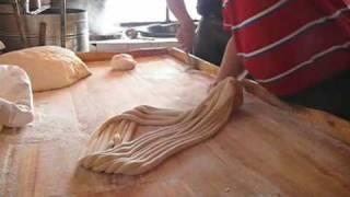 Making Traditional Uyghur Noodles.m4v