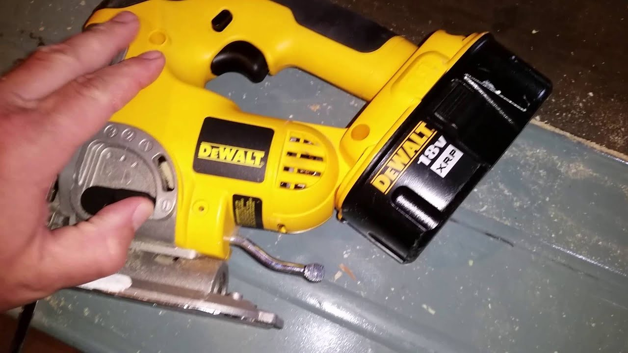 Dewalt 18 volt jigsaw youtube dewalt 18 volt jigsaw greentooth Choice Image