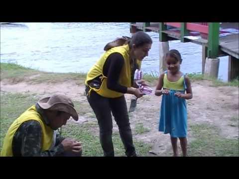 PUCPR - Projeto Rondon - Operação Oiapoque - Vila Brasil (Escovando com Kathy, Ali e Gabi)