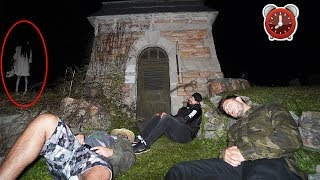DONT GO TO A CEMETERY OVERNIGHT OR A HAUNTED GHOST WILL APPEAR! | 24 HOUR CHALLENGE AT A CEMETERY!