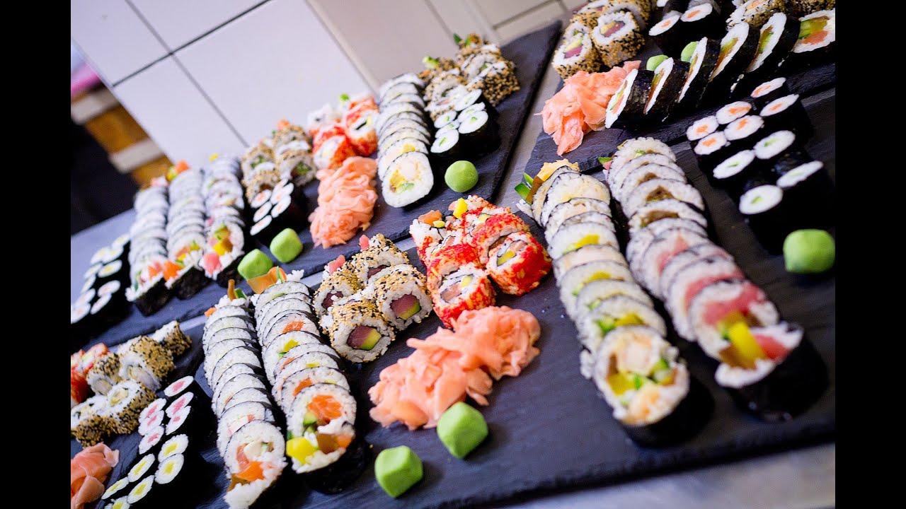 Nowoczesna architektura Sushi na weselu | RobimySushi.com - YouTube SW88