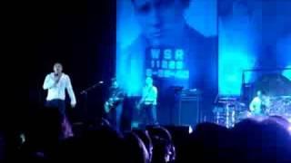 Morrissey - Vicar In A Tutu