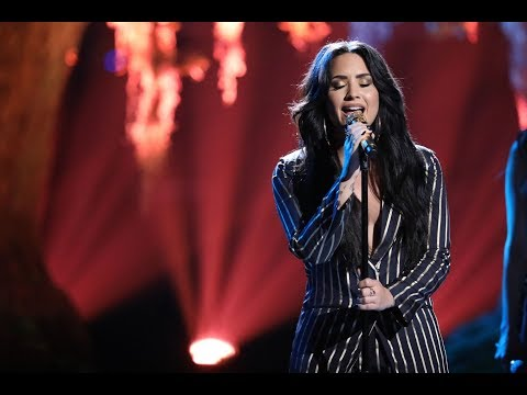 Demi Lovato  Tell Me You Love Me  at The Voice USA 2017