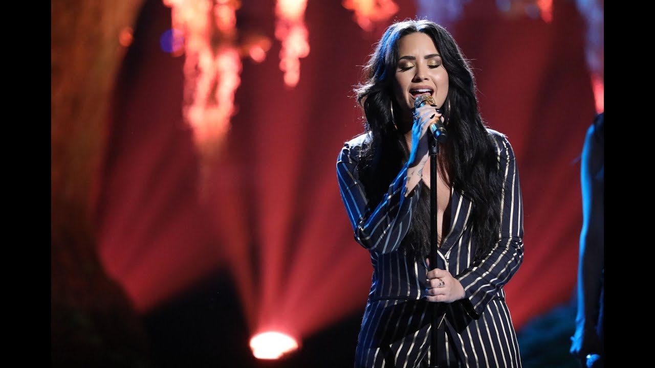 demi lovato tell me you love me live at the voice usa 2017 youtube. Black Bedroom Furniture Sets. Home Design Ideas