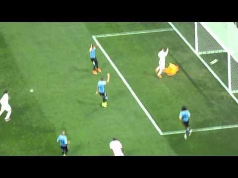 Uruguay 2-1 England (Rooney scores)