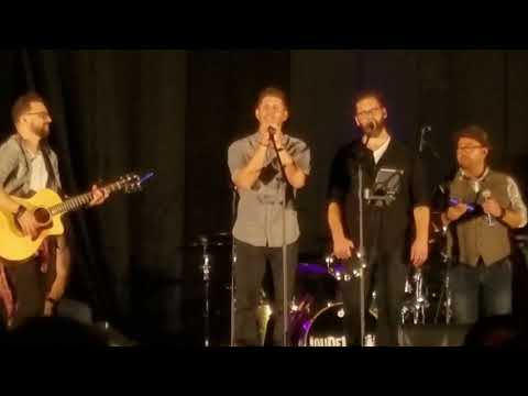 Jensen sings Brother at NJCon 2017