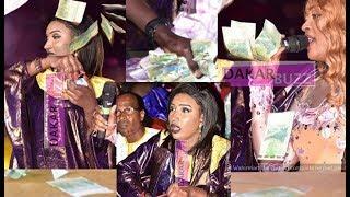 L'Incroyable « Battré » Cette femme, elle distribue des liasses d'un million à Titi