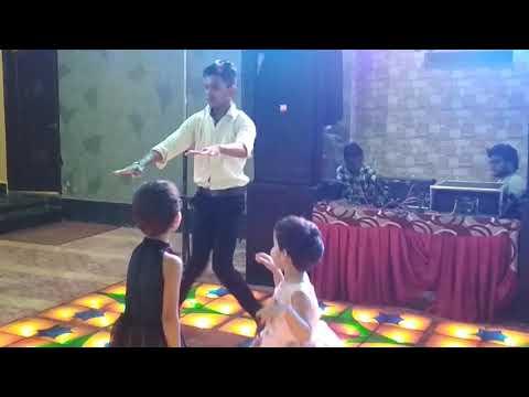 Jhanjhariya uski Chanak Gayi remix DJ song hip hop dance