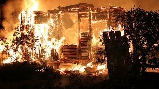 В Туле полностью сгорел жилой дом на две семьи