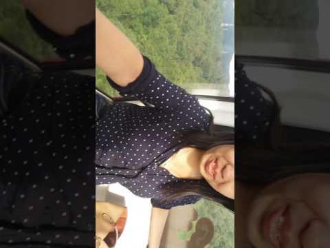 Cable car ride going to maokong gandola