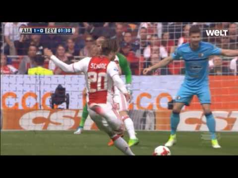 Ajax Amsterdam - Lasse Schöne FREE KICK [55 Sec.] Vs. Feyenoord