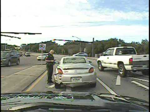 Gulf Breeze officer dragged by car