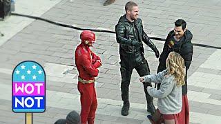 Superhero Hangout! Supergirl, the Flash, Arrow, Superman Take a Break Together