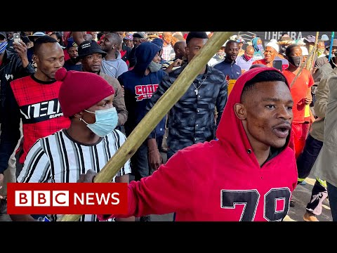 Dozens dead in violent protests in South Africa over Jacob Zuma arrest - BBC News