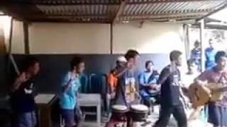 Lagu santai hip hura ala anak poso
