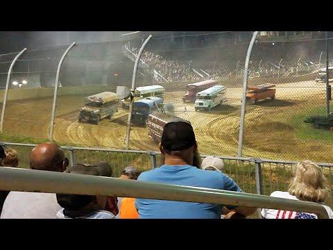 Night of Destruction SCHOOL BUS RACE | Lawrenceburg Speedway 2019 Night of Destruction