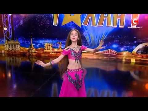 Маргарита Литвиненко  -  восточный танец 'Україна має талант-8'.Діти [09.04.2016]