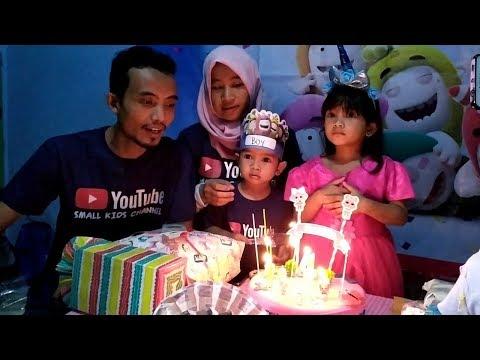 Tiup Lilin Kue Ulang Tahun Lagu Happy Birthday Bersama Teman-teman || Vlog Ultah #3