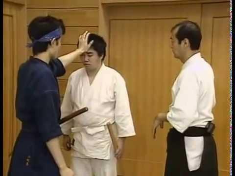 Kuroda Tetsuzan sensei (Shinbukan) Body movements
