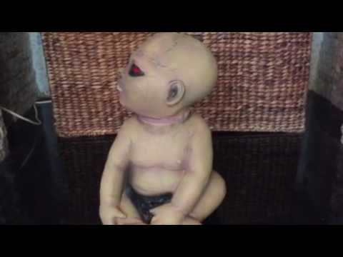 Halloween Zombie Baby Prop.Possessed Zombie Baby Head Spinning Halloween Prop
