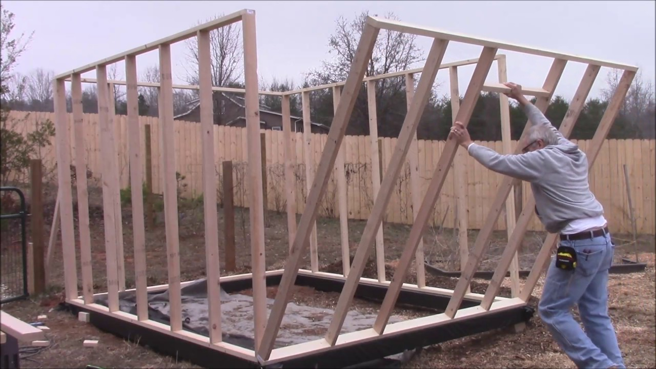 Pallet Greenhouse Floor
