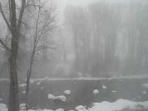 snow 010210.avi
