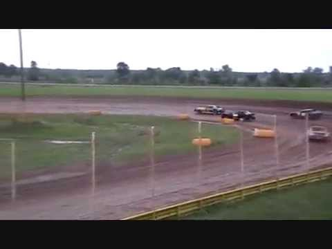 Texarkana 67 Speedway Heat Race 2nd weekend with F1 Racing Engine