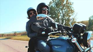 Moto Guzzi V7 III - 2018 range - official video