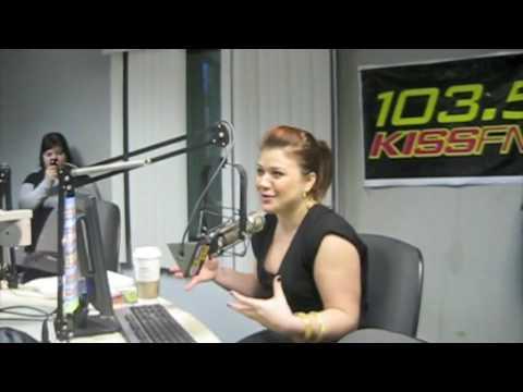 Kelly Clarkson  103,5 KISS FM Chicago  Parte 1