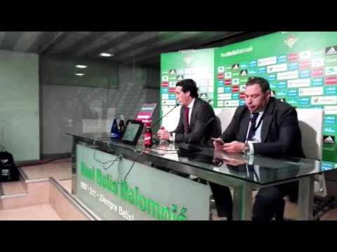 Unai Emery, entrenador del Sevilla, habla de su disputa con Roberto Ríos