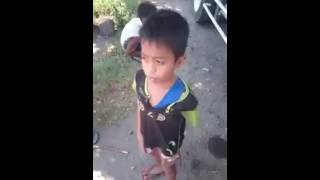 Anak desa bikin merinding nyanyi lagu Flashlight Jessi J