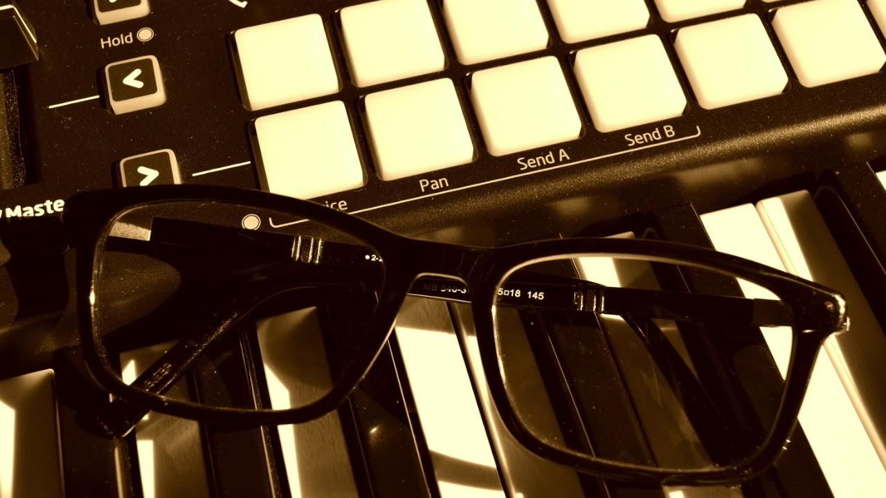 glasses [Lofi Hip-Hop]