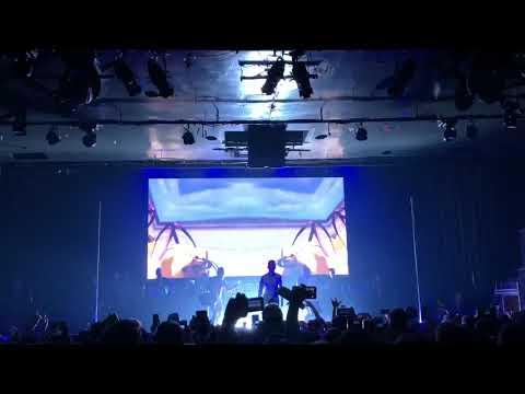 C. TANGANA | Llorando En La Limo [Directo Sala La Riviera Madrid 2018]