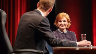Die Florian Schroeder Satireshow vom 20.02.2020 mit Katja und Max
