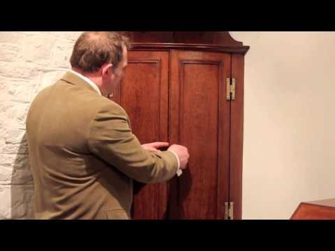 Solid Oak Bow-Fronted Antique Corner Cupboard