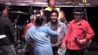 Download lagu anisa rahmah soto madura by hadory monata live madura 2013 MP3