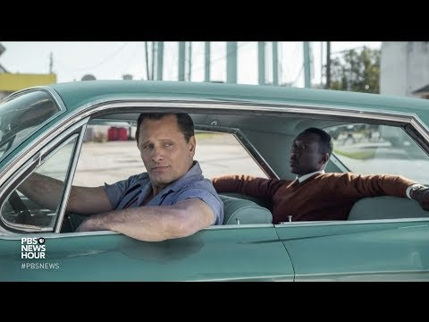 In 'Green Book,' a black pianist and his white driver forge a bond amidst Jim Crow