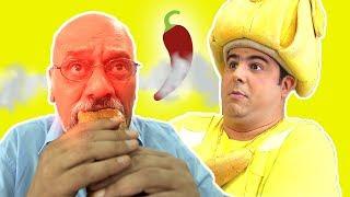 فوزي موزي وتوتي والساندويش الحار The hot sandwich