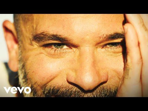 Pedro Capó - La Sábana y los Pies (Official Video)