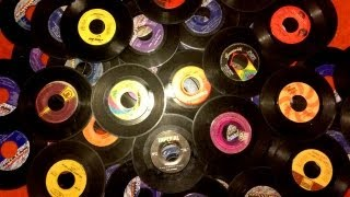 """Creating Shelves From  7"""" Or 45 Vinyl Records"""