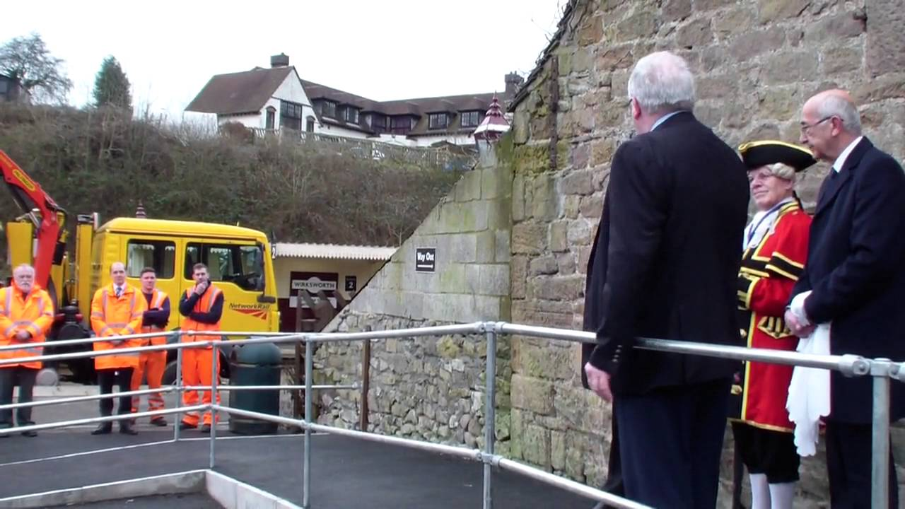 Secretary of State opens Wirksworth Booking Hall