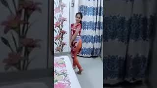 Pakistan School Girl Beautifull Dance in Room