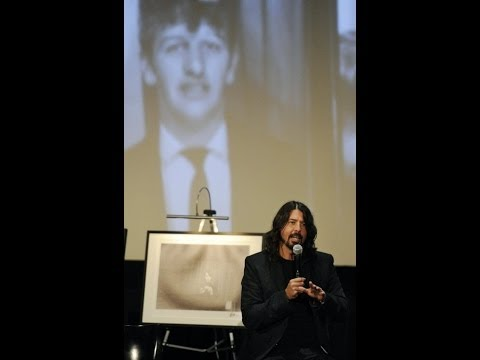 Dave Grohl on the influence of The Beatles & Ringo Starr, October 23, 2013 feelnumb.com