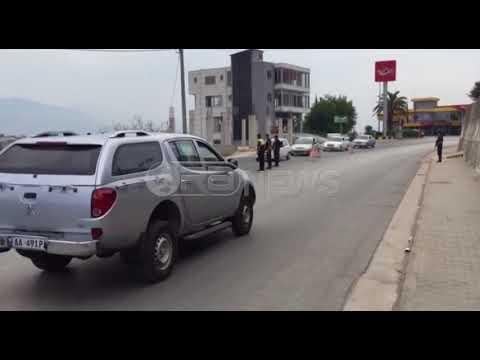 Ora News - Përplasje me armë zjarri në një lokal në Sarandë, tre të plagosur