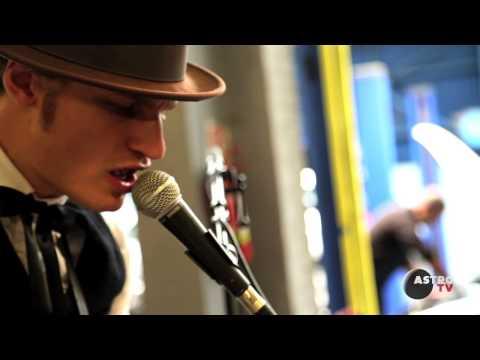 BROR GUNNAR JANSSON unplugged @ Garage du Baron // ASTROTV