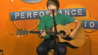 XL106.7 Justin Bieber - Cry Me a River (LIVE)